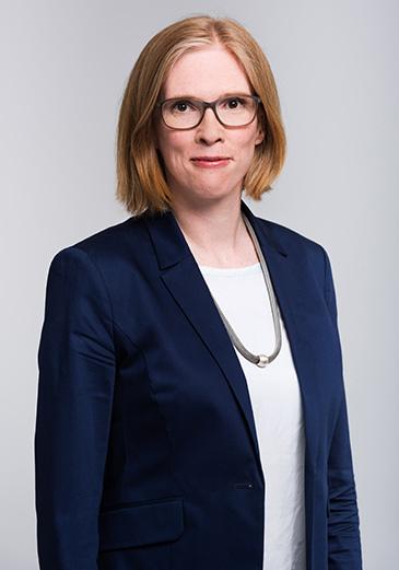 Dr. Lotte Herwig, Rechtsanwältin