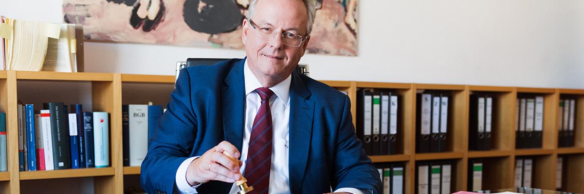 Dr. Markus Jakoby, Notar